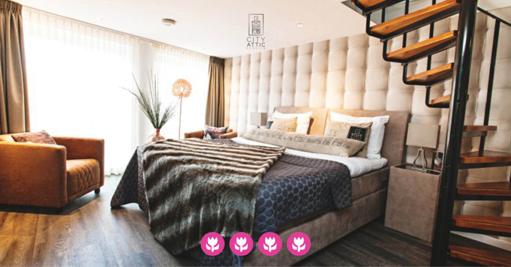 Vier tulpen classificatie voor City Attic Haarlem Bed and Breakfast